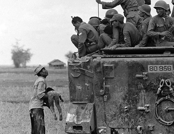 обращается к рейнджерам южно-вьетнамской армии