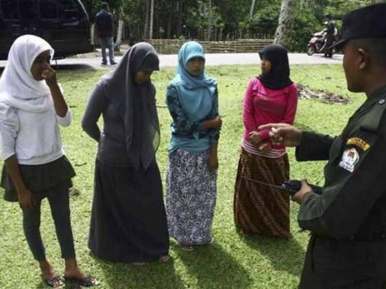 Индонезийская религиозная полиция