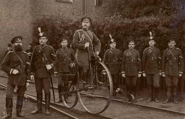 Железнодорожные жандармы на -1