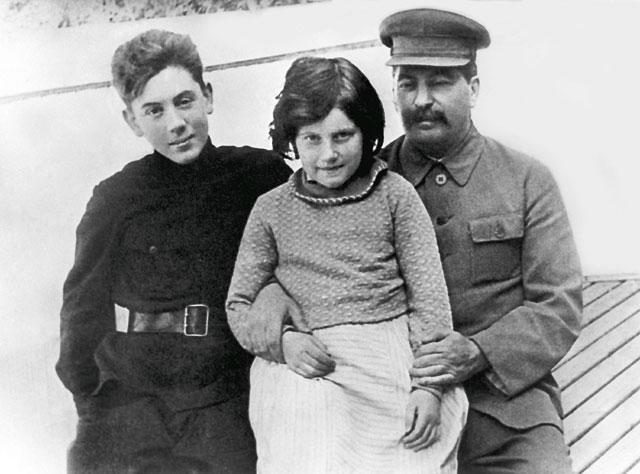 Алилуева с отцом
