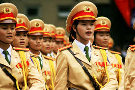вьетнамские женщины-полицейские