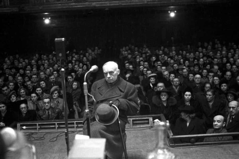 Дёме Стояи (Венгрия) диктаторы, лидеры государств, лидеры стран