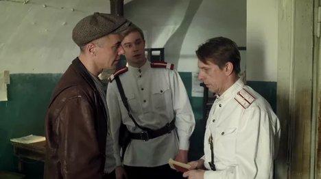 милиционеры в кино-30